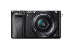 Sony Alpha ILCE-6000 + obiektyw Sony  SELP 16-50mm czarny
