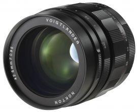 Obiektyw VOIGTLANDER 42.5 mm f/0.95 MFT Nokton (Micro 4/3)